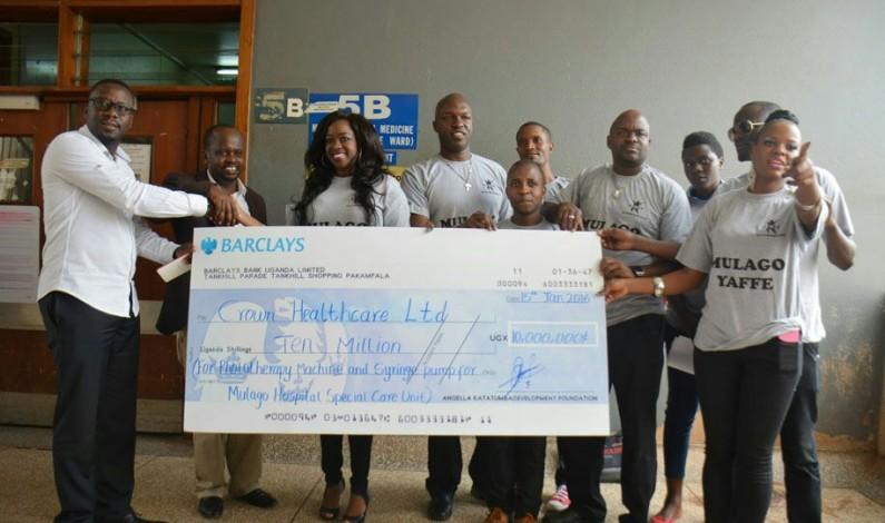 Angella Katatumba donates ten million Ug shs to Mulago ICU