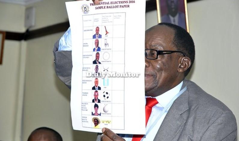 Kigundu displays sample ballot papers
