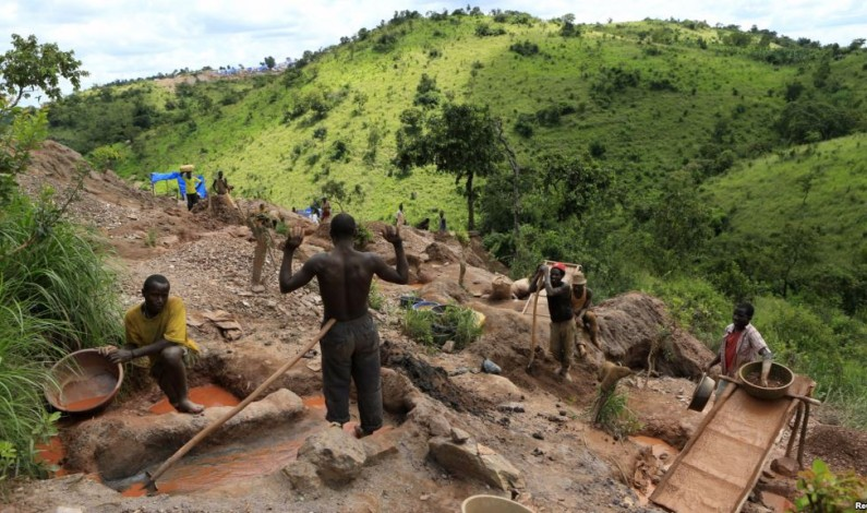 Mubende gold artisan miners petition Parliament over President's eviction order