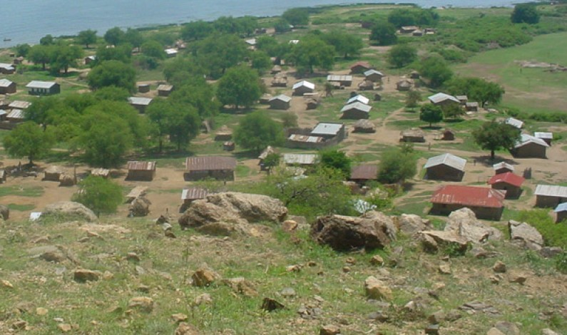 Buliisa residents angry over delayed oil compesation