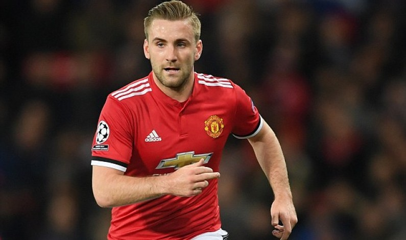 Luke Shaw set to stay at Manchester United despite run-ins with manager Jose Mourinho as left-back vows to fight for his place