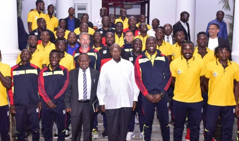 President Museveni offers 200M and chartered plane to Cranes