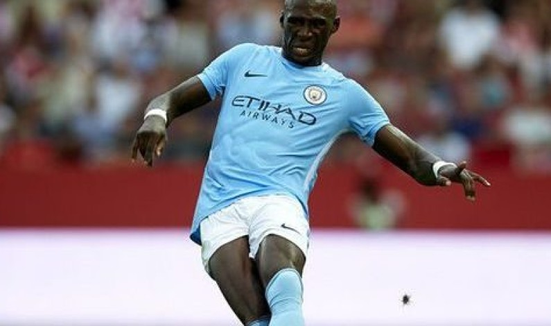Eliaquim Mangala leaves Manchester City for Valencia